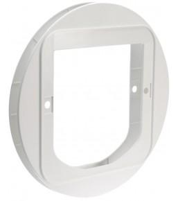 Mounting adaptor for SureFlap cat doors