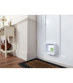 SureFlap DualScan cat door